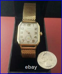 1940s Waltham 14k SOLID GOLD Case & 14 K Gold Band 17J Movement MENs WATCH