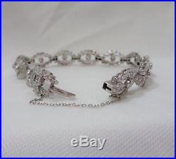 Antique Art Deco Platinum 2.76 Carat Diamond Bracelet -Length 7 1/2in (19.5cm)