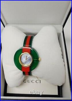 Gucci Vintage Web Green & Red Resin MOP Dial 35MM Quartz Watch YA143403 R$910